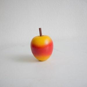 Fruta encerada color